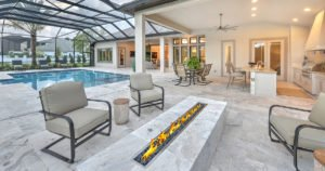 Seamless Indoor-Outdoor Living for Custom Homes
